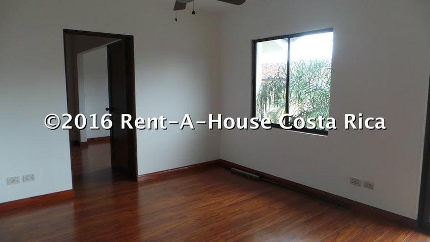 Condominio San Jose>Santa Ana>Santa Ana - Alquiler:3.000 US Dollar - codigo: 16-386