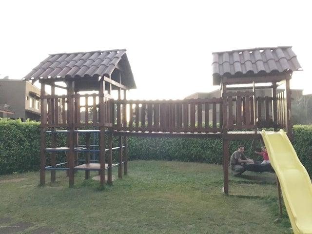 Condominio San Jose>Pozos>Santa Ana - Alquiler:1.250 US Dollar - codigo: 16-442