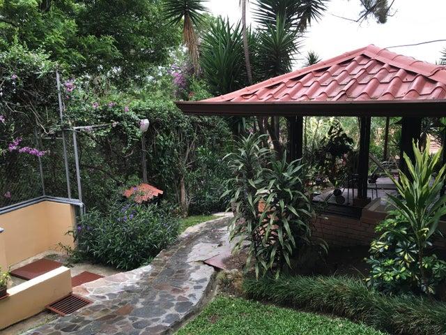 Edificio San Jose>Bello Horizonte>Escazu - Venta:750.000 US Dollar - codigo: 16-508