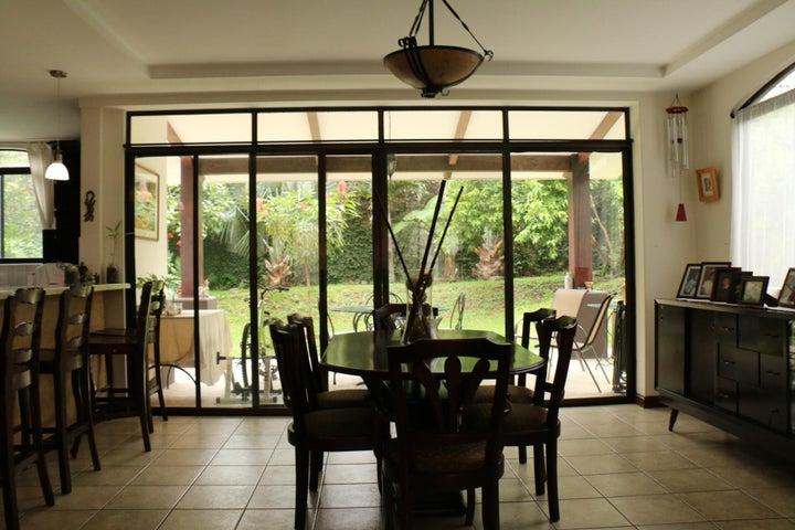 Casa San Jose>Santa Ana>Santa Ana - Venta:430.000 US Dollar - codigo: 16-526
