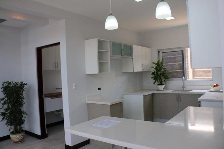 Casa San Jose>Santa Ana>Santa Ana - Venta:233.000 US Dollar - codigo: 16-554