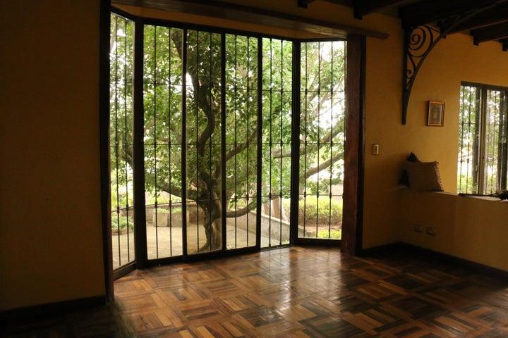 Casa San Jose>Guachipelin>Escazu - Venta:1.250.000 US Dollar - codigo: 16-637