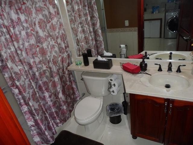 Casa Heredia>Ciudad Cariari>Belen - Venta:590.000 US Dollar - codigo: 17-175