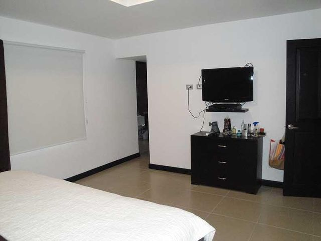 Casa San Jose>Santa Ana>Santa Ana - Venta:280.000 US Dollar - codigo: 17-401