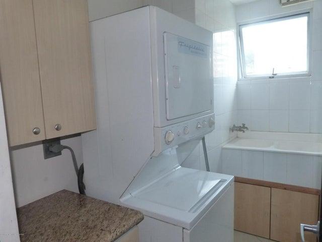 Apartamento San Jose>Escazu>Escazu - Venta:370.000 US Dollar - codigo: 17-474