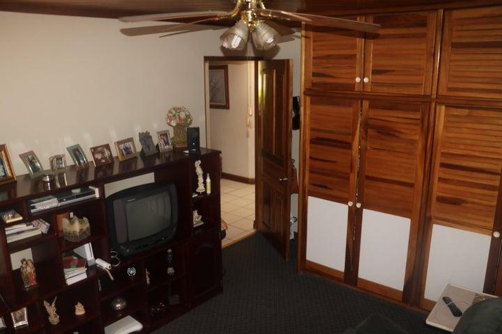 Casa San Jose>Santa Ana>Santa Ana - Venta:650.000 US Dollar - codigo: 17-567
