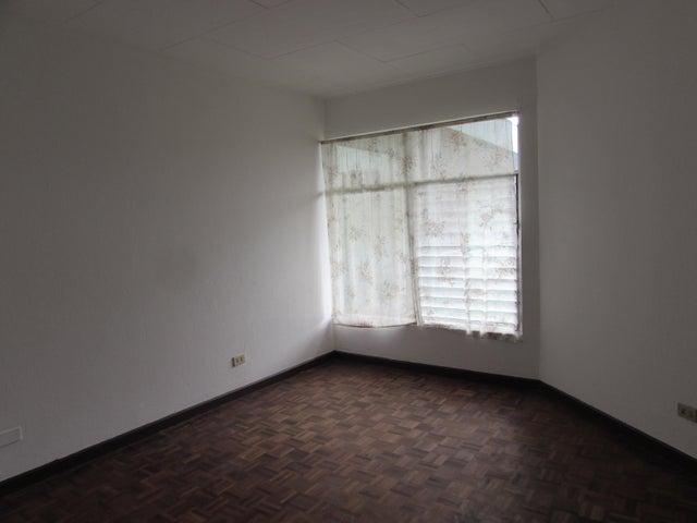Apartamento San Jose>Moravia>Moravia - Alquiler:410 US Dollar - codigo: 17-634