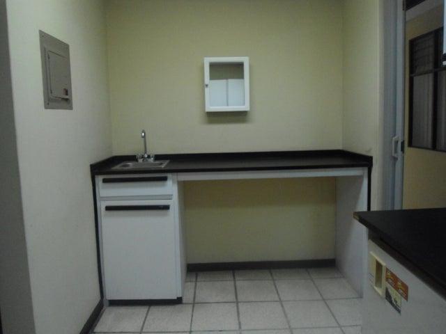 Local comercial San Jose>Trejos Montealegre>Escazu - Alquiler:3.370 US Dollar - codigo: 17-656