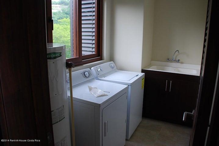 Apartamento Guanacaste>Playa Hermosa Guanacaste>Liberia - Venta:399.000 US Dollar - codigo: 17-775