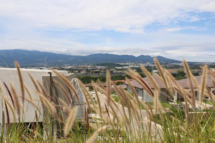 Apartamento San Jose>Escazu>Escazu - Venta:224.000 US Dollar - codigo: 17-896