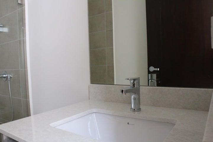 Apartamento San Jose>Escazu>Escazu - Venta:437.000 US Dollar - codigo: 17-899