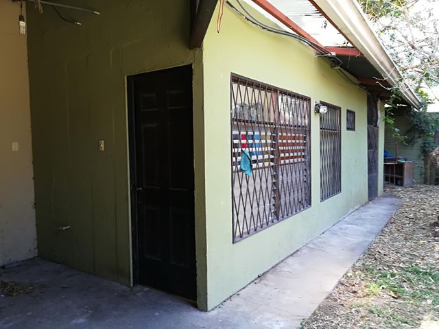 Casa San Jose>Guachipelin>Escazu - Venta:900.000 US Dollar - codigo: 18-72