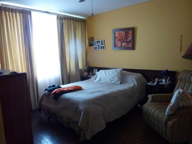 Casa San Jose>Sabana>Pavas - Venta:450.000 US Dollar - codigo: 18-186
