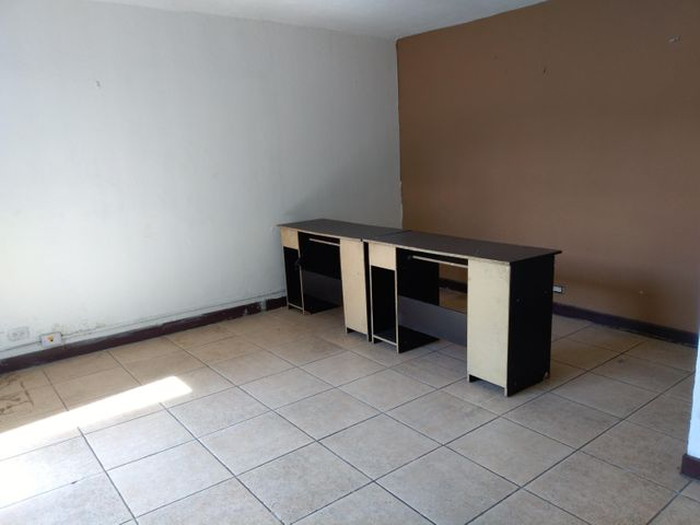 Oficina San Jose>Tibas>Tibas - Alquiler:1.400 US Dollar - codigo: 18-270