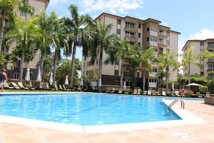 Apartamento Puntarenas>Jaco>Garabito - Venta:115.000 US Dollar - codigo: 18-368