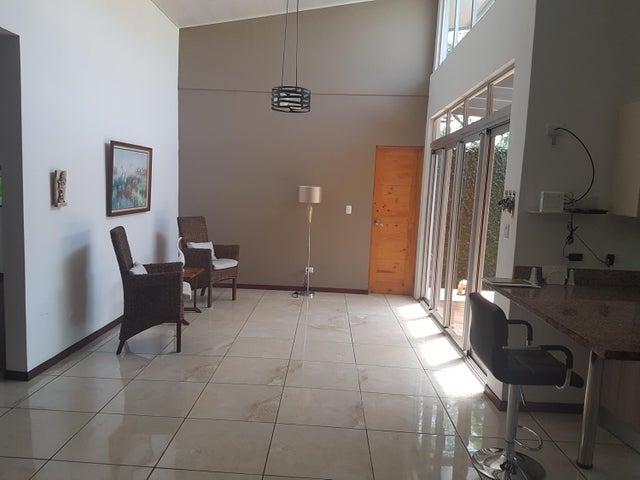 Casa San Jose>Pozos>Santa Ana - Venta:195.000 US Dollar - codigo: 18-443