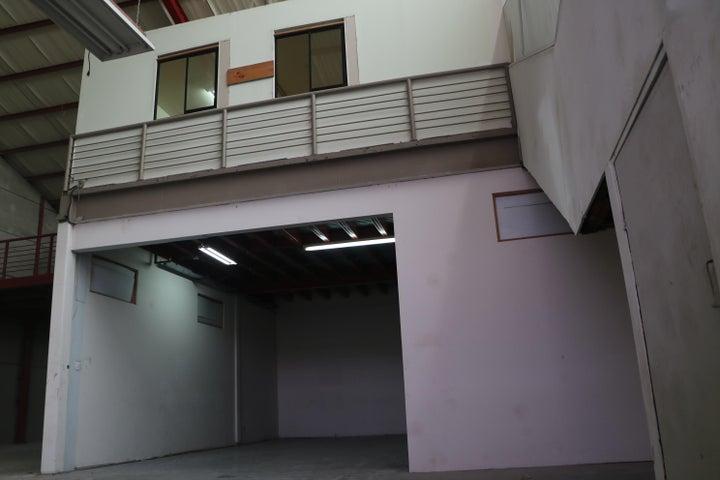 Bodegas San Jose>Guachipelin>Escazu - Venta:493.000 US Dollar - codigo: 18-447