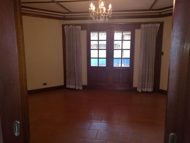 Casa Heredia>San Francisco>Heredia - Venta:650.000 US Dollar - codigo: 18-553