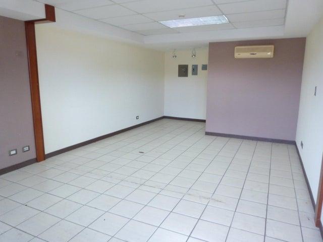 Oficina San Jose>Santa Ana>Santa Ana - Venta:40.000 US Dollar - codigo: 18-609