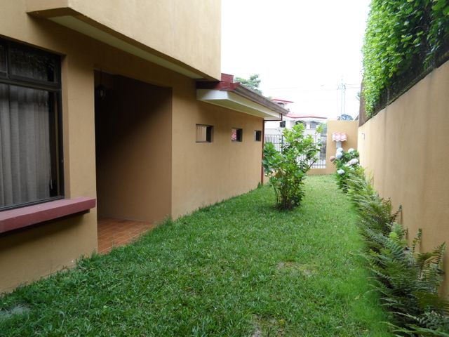 Casa San Jose>San Antonio>Vazquez de Coronado - Venta:550.000 US Dollar - codigo: 18-605