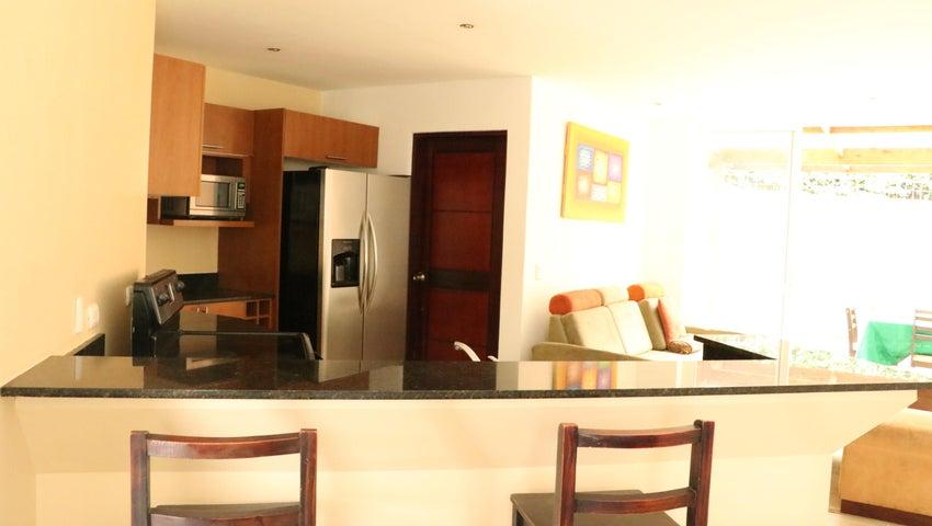 Casa San Jose>Rio Oro>Santa Ana - Venta:175.000 US Dollar - codigo: 18-645