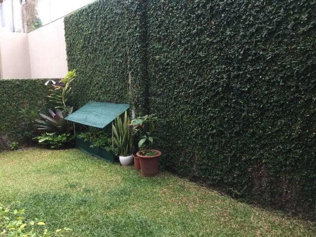 Casa San Jose>Santa Ana>Santa Ana - Venta:210.000 US Dollar - codigo: 18-672