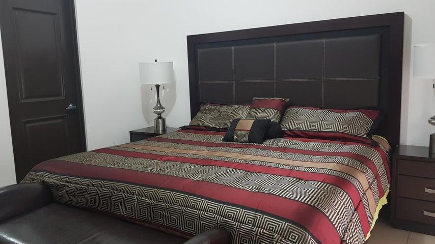 Casa San Jose>Ciudad Colon>Mora - Venta:170.000 US Dollar - codigo: 18-686