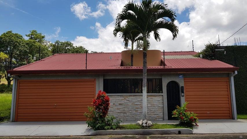 Casa San Jose>Rohrmoser>Pavas - Venta:275.000 US Dollar - codigo: 18-702
