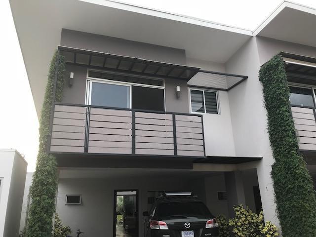 Casa San Jose>Santa Ana>Santa Ana - Venta:210.000 US Dollar - codigo: 18-805