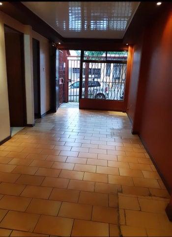 Edificio San Jose>Guadalupe>Goicoechea - Venta:141.700 US Dollar - codigo: 19-19