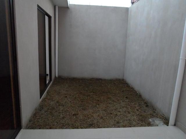 Casa San Jose>Moravia>Moravia - Venta:121.600 US Dollar - codigo: 19-42