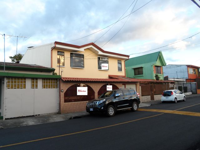 Casa San Jose>Guadalupe>Goicoechea - Venta:250.000 US Dollar - codigo: 19-51