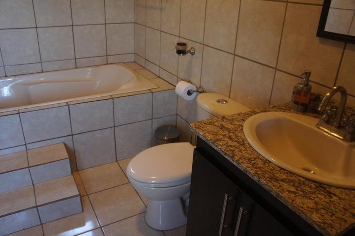Casa San Jose>Brasil de Santa Ana>Santa Ana - Alquiler:850 US Dollar - codigo: 19-95