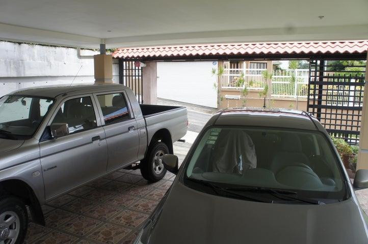 Casa San Jose>Brasil de Santa Ana>Santa Ana - Venta:175.000 US Dollar - codigo: 19-104