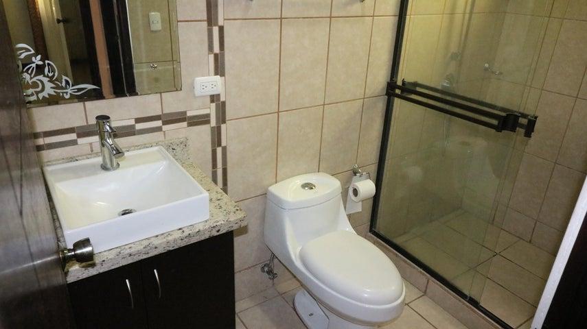 Apartamento San Jose>Curridabat>Curridabat - Venta:85.000 US Dollar - codigo: 19-122