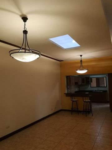 Casa San Jose>Moravia>Moravia - Venta:150.000 US Dollar - codigo: 19-150