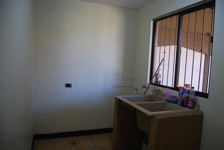 Casa Cartago>Cartago Centro>Paraiso - Venta:290.000 US Dollar - codigo: 19-155