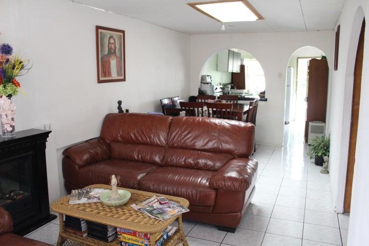 Casa Cartago>San Clara>Paraiso - Venta:91.600 US Dollar - codigo: 19-327