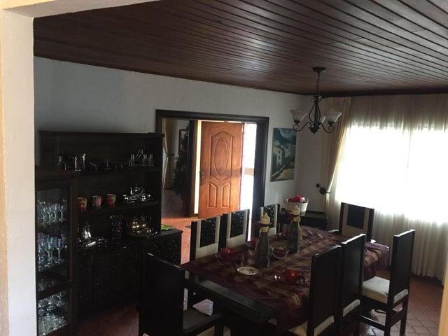 Casa San Jose>Lomas de Ayarco Sur>Curridabat - Venta:350.000 US Dollar - codigo: 19-329