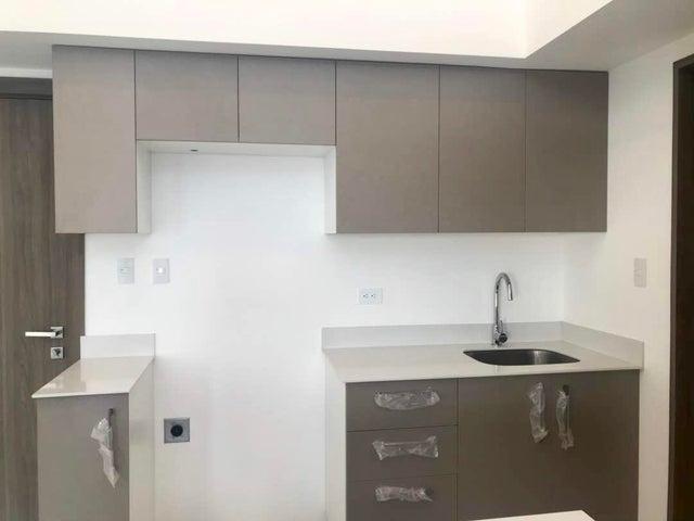 Apartamento San Jose>Rohrmoser>San Jose - Venta:215.000 US Dollar - codigo: 19-358