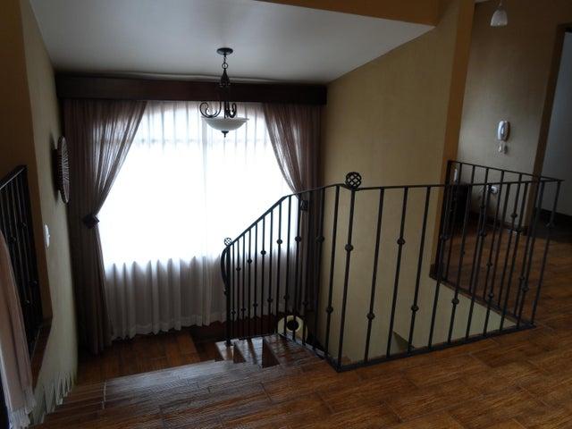Casa San Jose>San Antonio>Vazquez de Coronado - Venta:550.000 US Dollar - codigo: 19-463