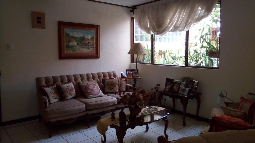 Apartamento San Jose>Guadalupe>Goicoechea - Venta:66.500 US Dollar - codigo: 19-472