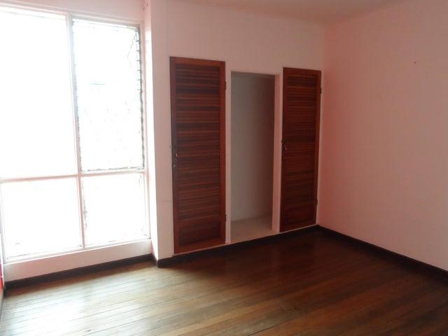 Casa San Jose>Moravia>Moravia - Venta:240.000 US Dollar - codigo: 19-480