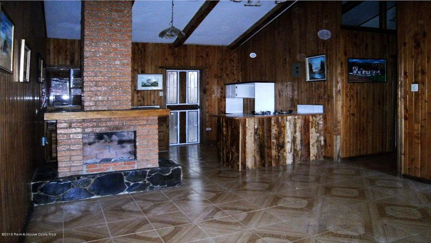 Casa San Jose>San Jose>Dota - Venta:157.000 US Dollar - codigo: 19-486