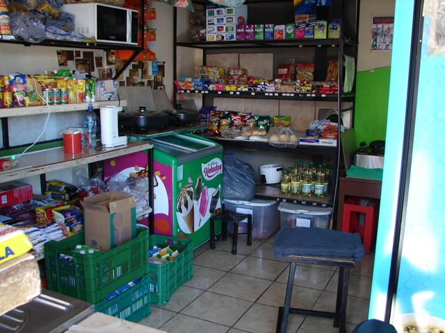 Local comercial San Jose>Tibas>Tibas - Venta:134.000 US Dollar - codigo: 19-493