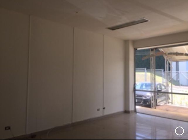 Local comercial San Jose>Granadilla>Curridabat - Alquiler:900 US Dollar - codigo: 19-515