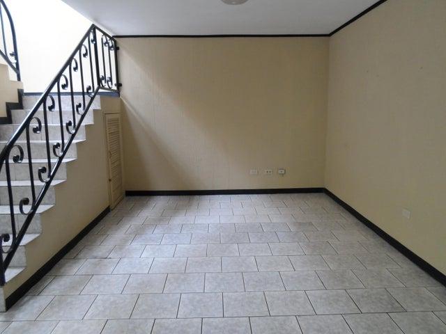 Apartamento San Jose>Tibas>Tibas - Alquiler:750 US Dollar - codigo: 19-521
