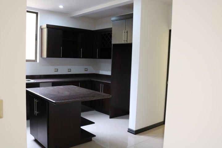 Casa San Jose>Granadilla>Curridabat - Venta:260.000 US Dollar - codigo: 19-533