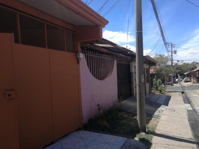 Casa Heredia>San Francisco de Heredia>Heredia - Venta:116.000 US Dollar - codigo: 19-547