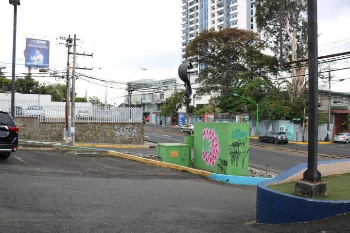 Local comercial San Jose>Barrio Dent>San Jose - Alquiler:4.500 US Dollar - codigo: 19-549